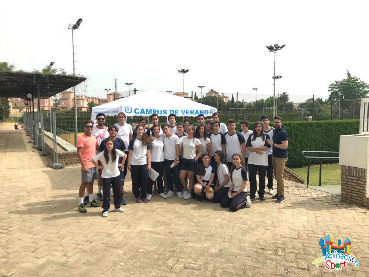 Actividad de tenis con colegio Santa María del Valle